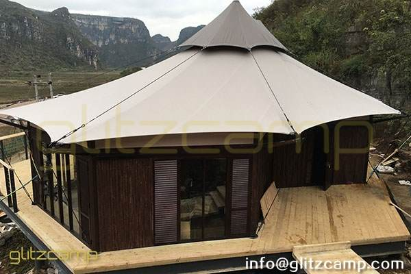 luxury gl&ing lodge tent - african safari tents hotel - glamorous c&ing resort - special tourist ... & Luxury Safari Tent with High Peaks - Glitzcamp Glamping Tent Hotel ...