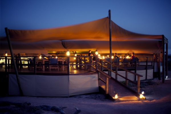 sal-salis-camping-tent