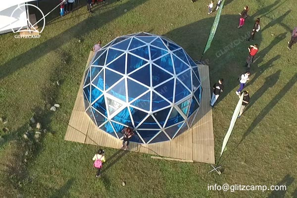 geodome house-with-Polycarbonate-panels-glamping-dome-hotel-eco-living-dome-glitzcamp glamping tent5