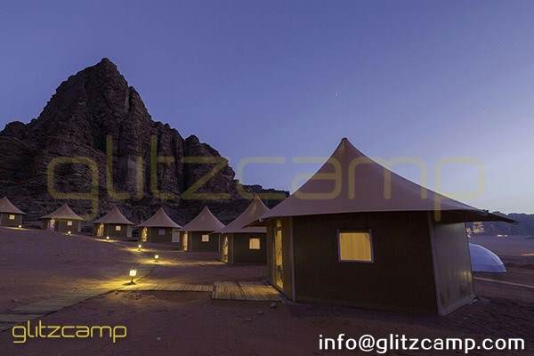 luxury lodge tent for glamping accommodation suite room of 2 - 3 people - glamping retreat tent in desert lakeside safari (9)