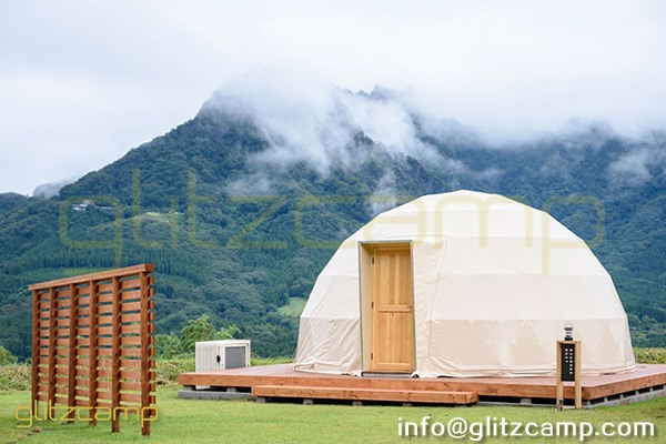 tented resort in Japan-luxury gramping experience- glumping 妙義 - geodesic dome tent campsite (5)