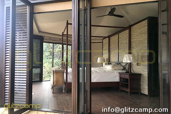 safari glamping tents - hotel resorts tents - african style glamping accommodations - safari living experience (1)