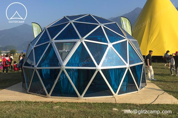 glitzcamp-polycarbonate-geodome house-glamping dome-hotel-eco-living-dome-1