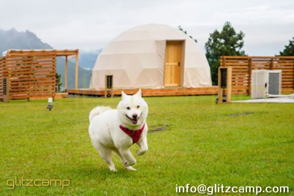 tented resort in Japan-luxury gramping experience- glumping 妙義 - geodesic dome tent campsite (4)